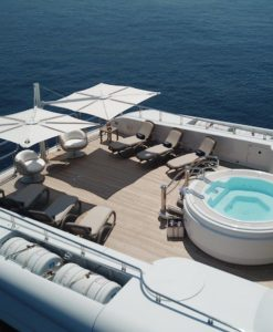 Hudson Luxury Yacht Furniture Umbrella Duo Tilt Marine Grade Modern High end Design Yacht Life