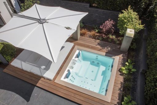 Hudson Single Cantilever 360 Umbrella Luxury Outdoor Contract Forward Leaning Marine grade Residential pool Furniture Hampton