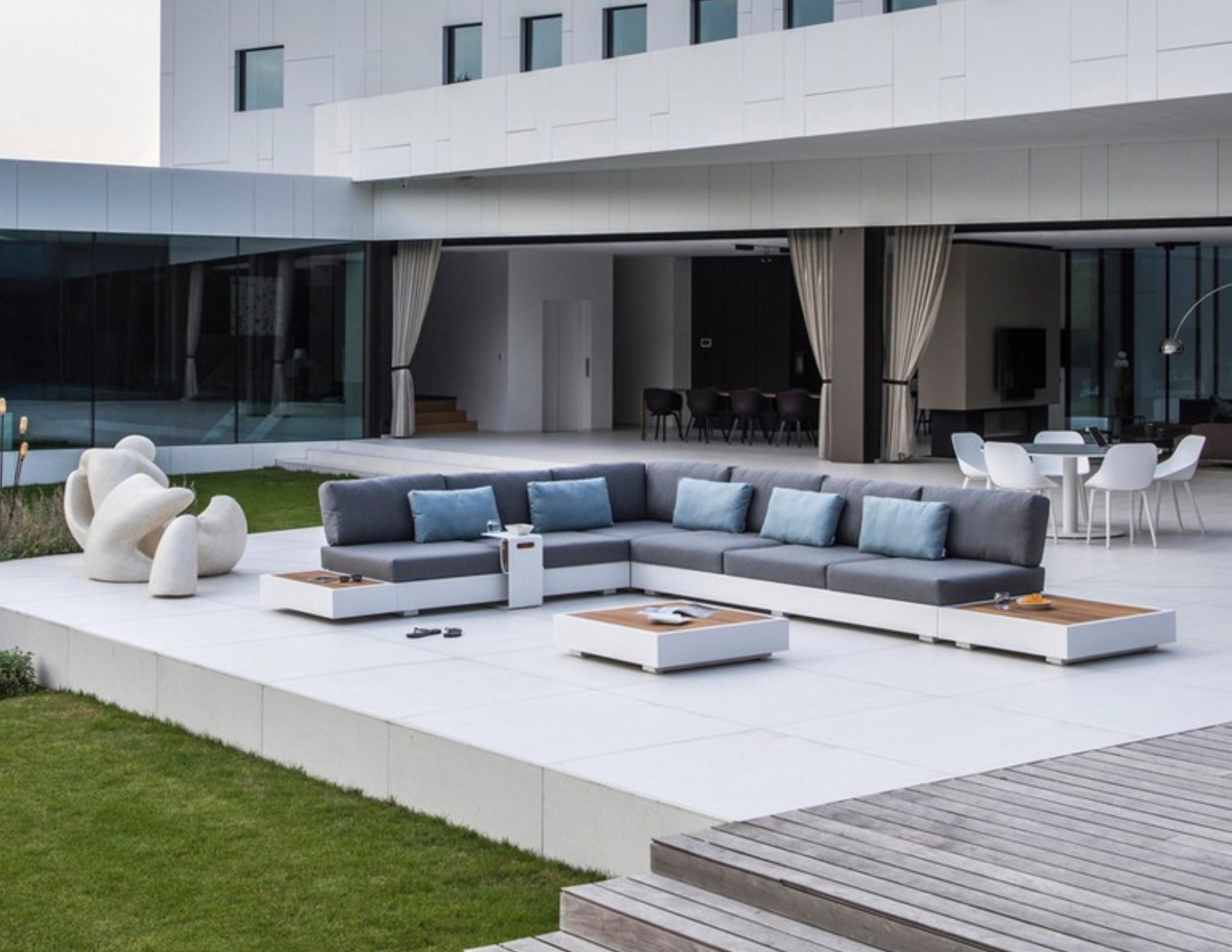 Ari Platform Sectional Modular Sofa Removable Back Urban ...