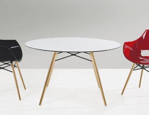 Austin Dowel Leg Molded Tub Chair Contract