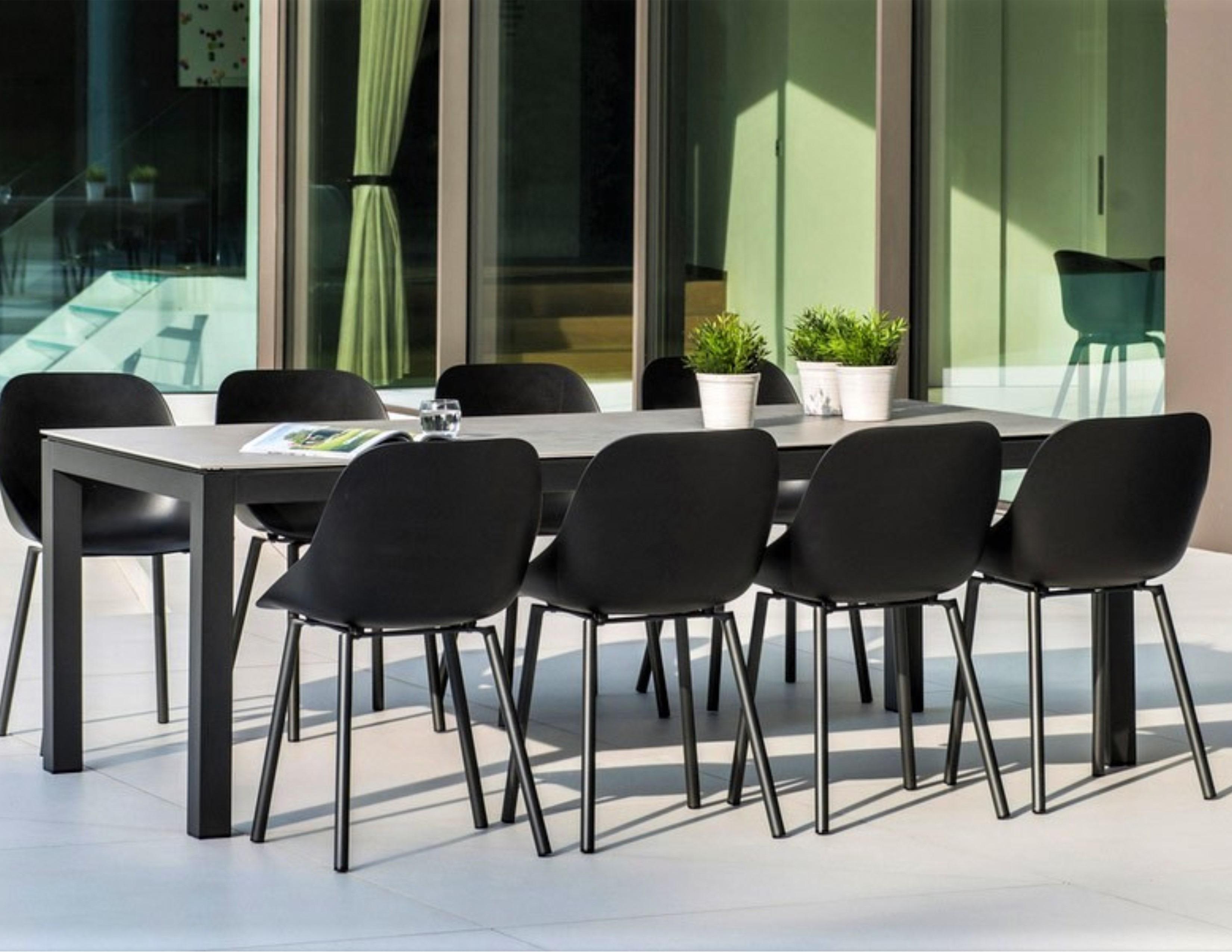 Abonne Carrara Ceramic Extendable Dining Table