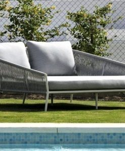 outdoor double daybed